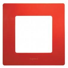 Рамка одноместная Legrand Etika 672531 красная